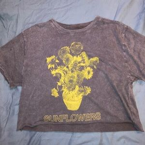 Target cropped sunflower t shirt
